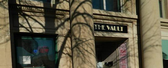 The-Vault-Coffee-Shop-Valley-City,-ND-Entrance